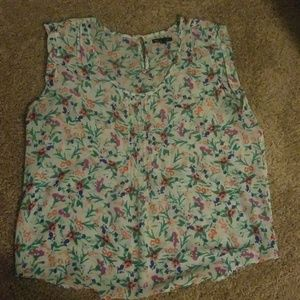 Gap Pintuck Floral Top